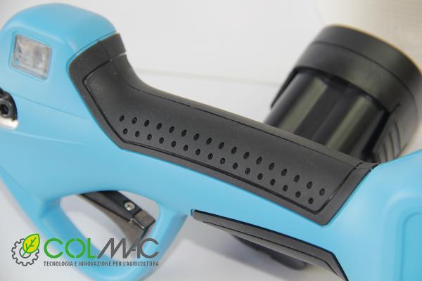 cesoia a batteria impugnatura ergonomica